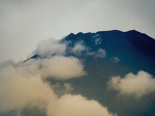 裾野市から見る8月の富士山